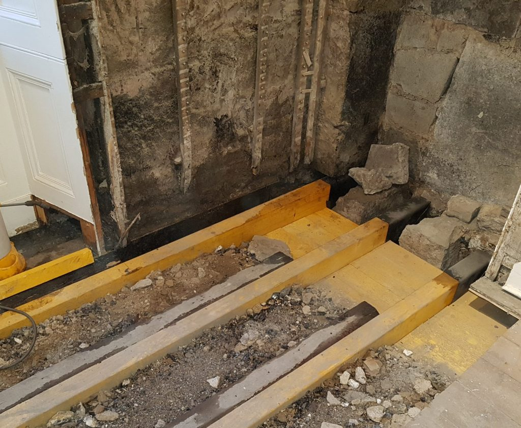 floor joist ends repairs